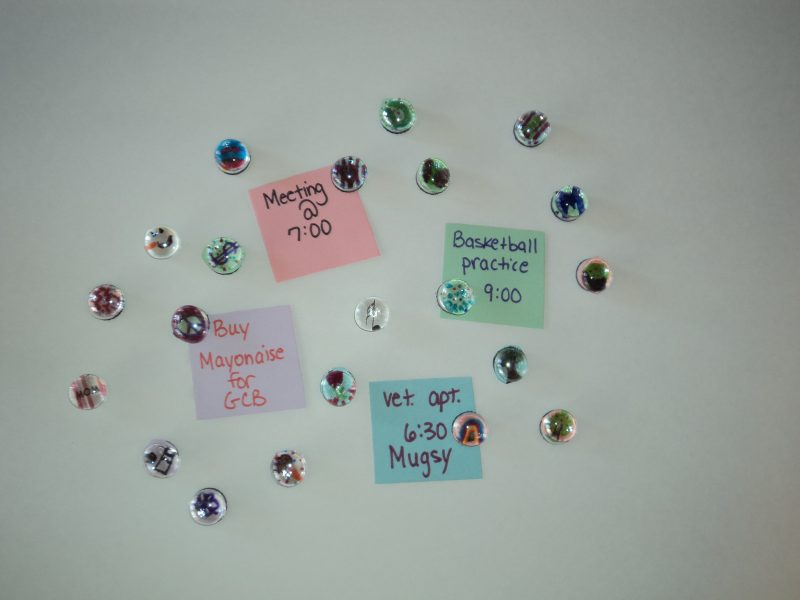 Easy Personalized Magnet Craft
