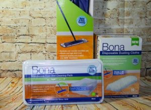 Bona Simple Moments, Holiday Cleanup & Giveaway
